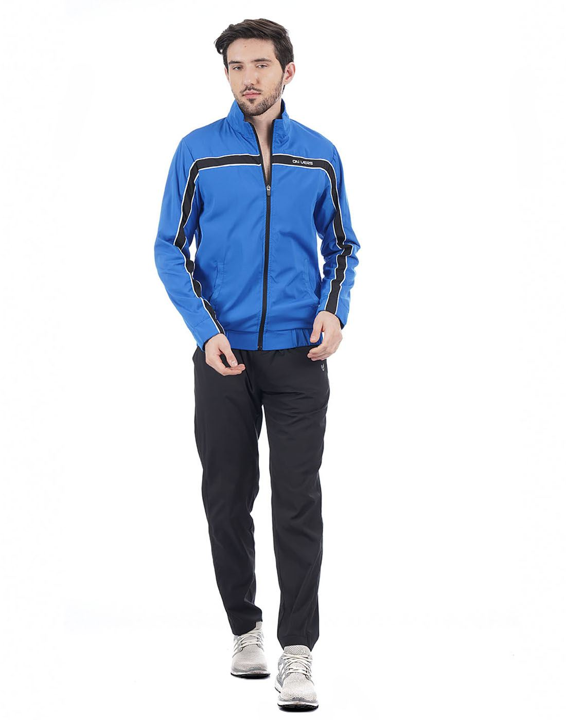 On-Vers Men Casual Wear Solid TrackSuit