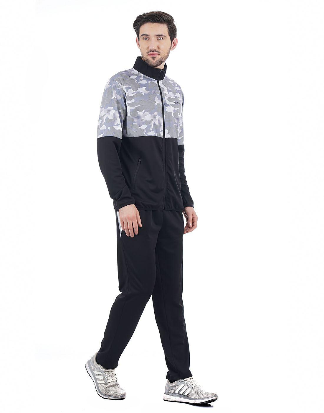 On-Vers Men Black Track Suit