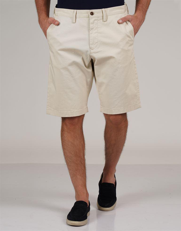 Gant Men Casual Wear Solid Shorts