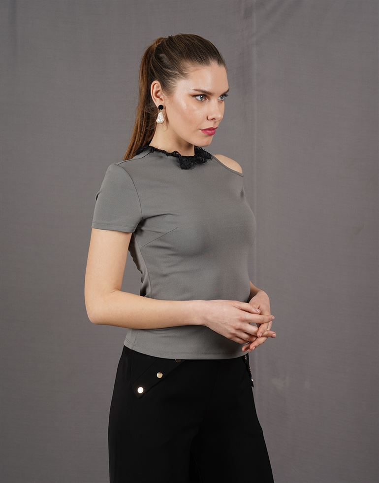 Kazo Casual Solid Women Top