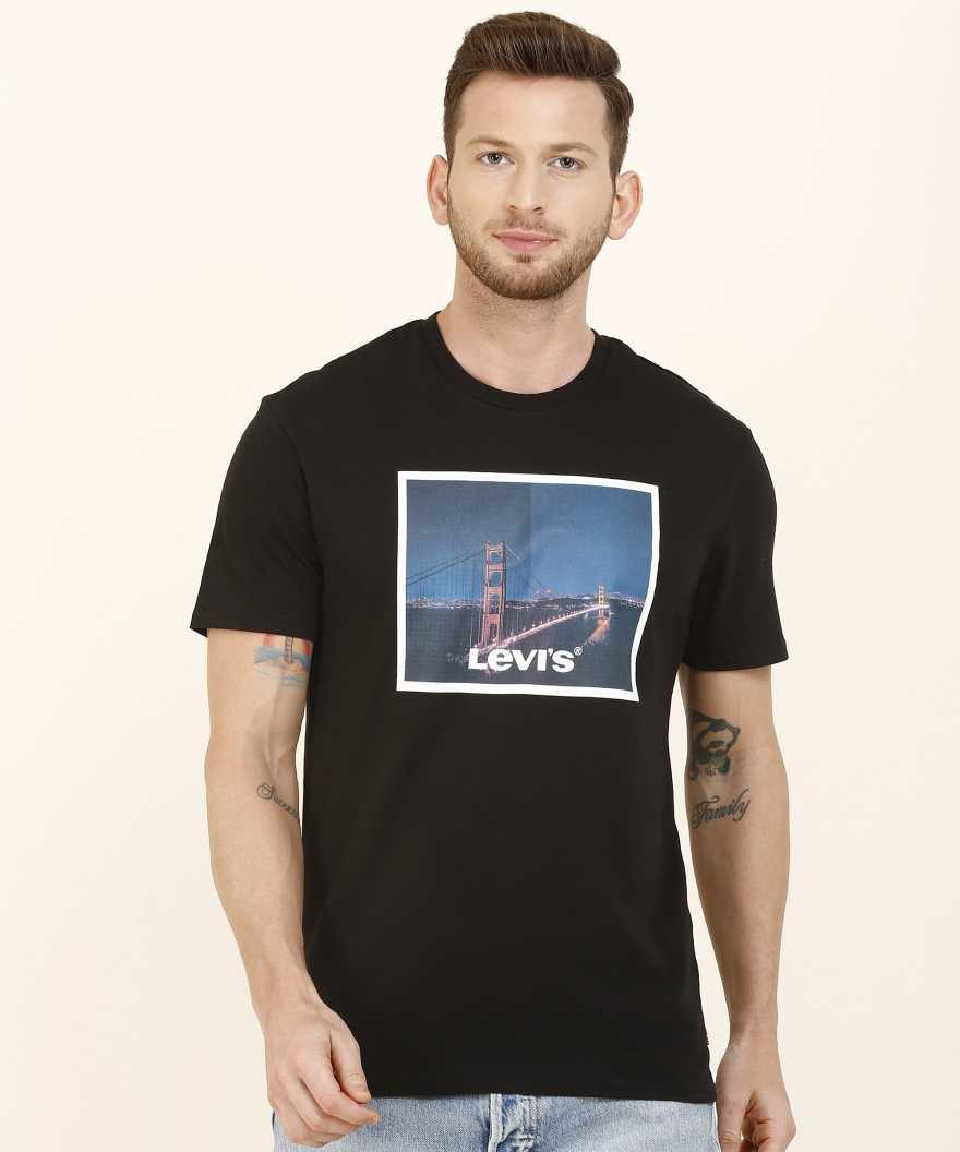 Levis Men Chest Print Casual Wear T-Shirt