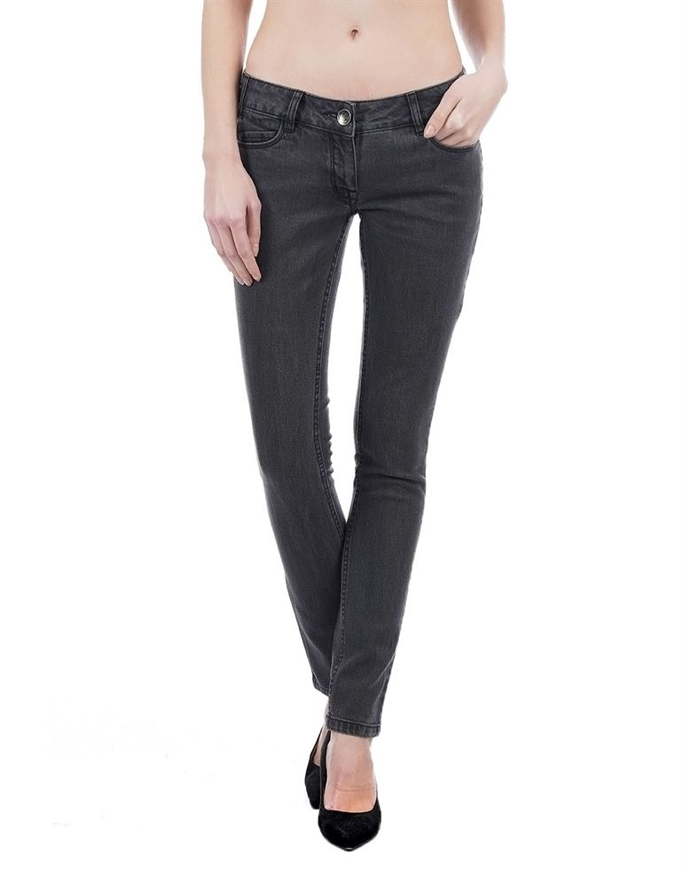 Species Casual Solid Women Jeans
