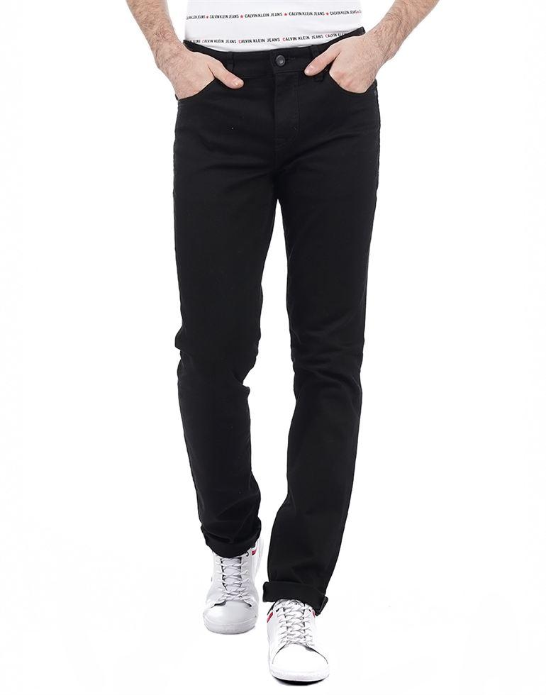 Calvin Klein Men Casual Wear Solid Jean