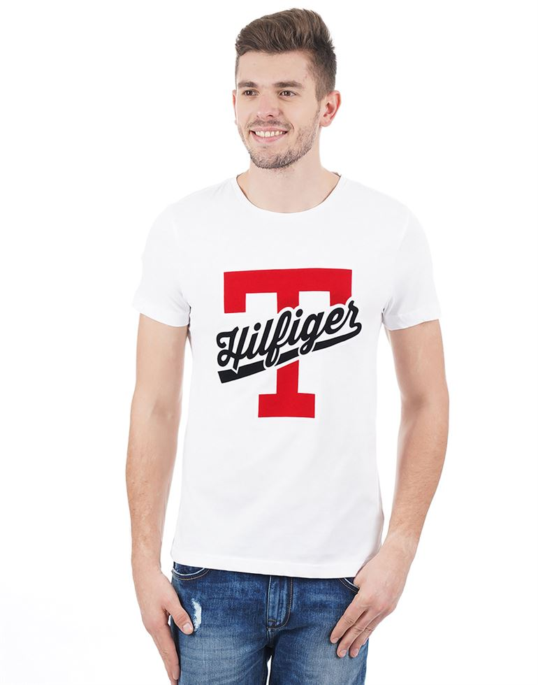 Tommy Hilfiger Casual Applique Men T-Shirt